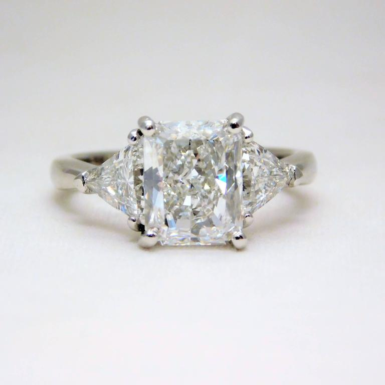 Details About 3 Stone Gia Certified 18k Gold Cushion Cut Diamond Engagement Ring 1 60 Carat